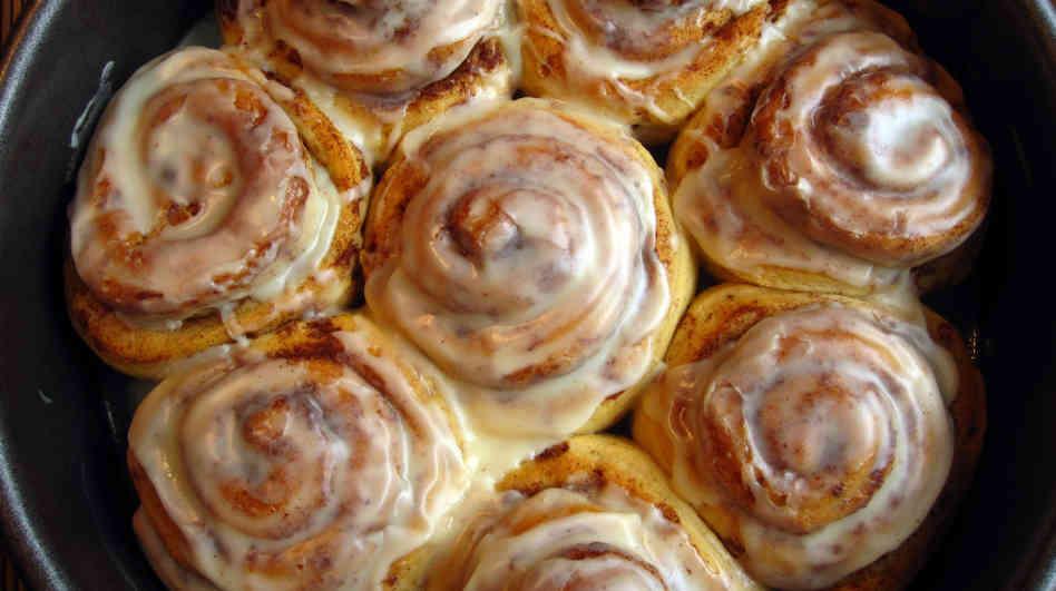 sour cream sweet rolls